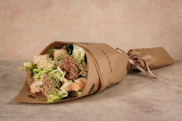 Bouquet Anna Karenina, fiori freschi a domicilio dai toni teneri e delicati
