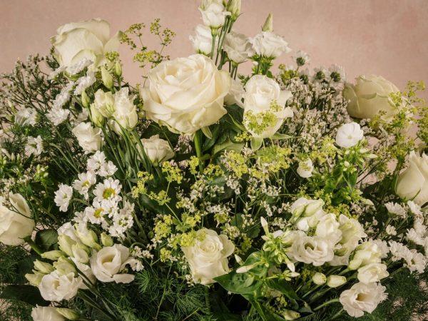 Bouquet Luxury Bianco, dettagli fiori freschi a domicilio. Nuova collezione Luxury Frida's