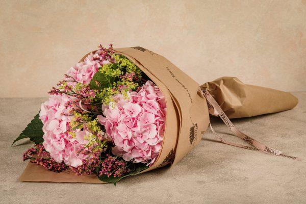 Bouquet Nastro Rosa, Frida's al fianco della prevenzione con LILT